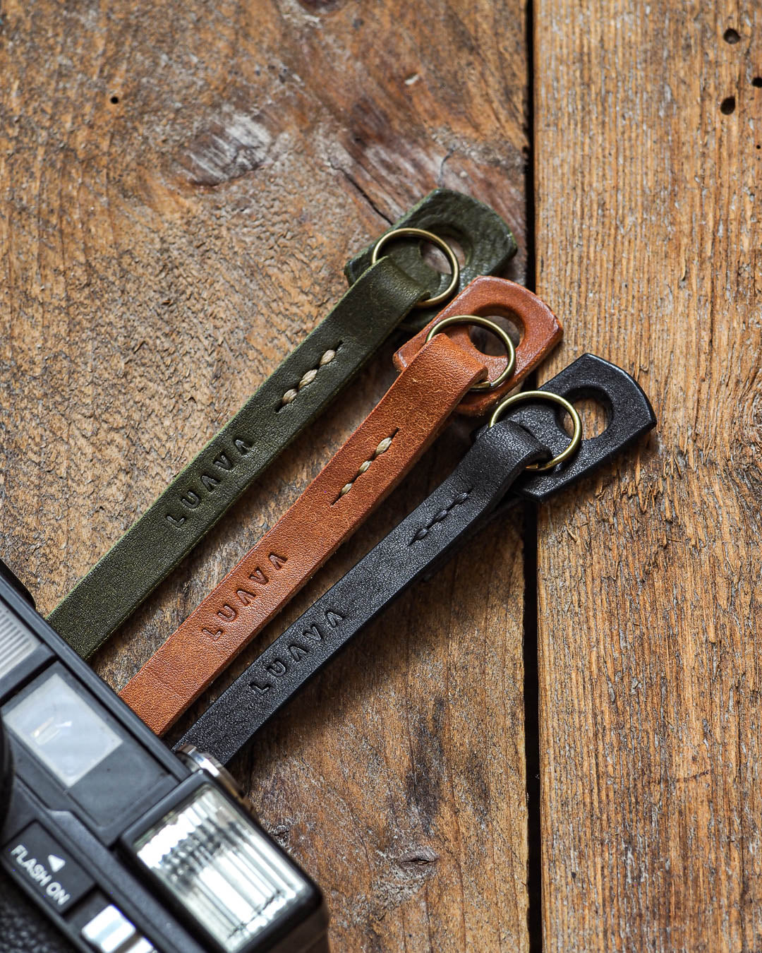 Luava handcrafted leather slim fixed camera strap badalassi carlo pueblo olive cognac black