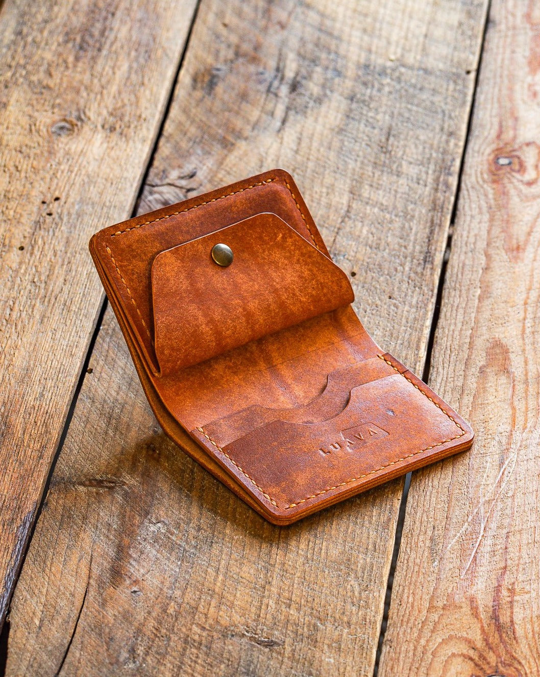 Luava handmade leather wallet KOLOSS pine card holder cardholder handcrafted pecos raw whiskey front open