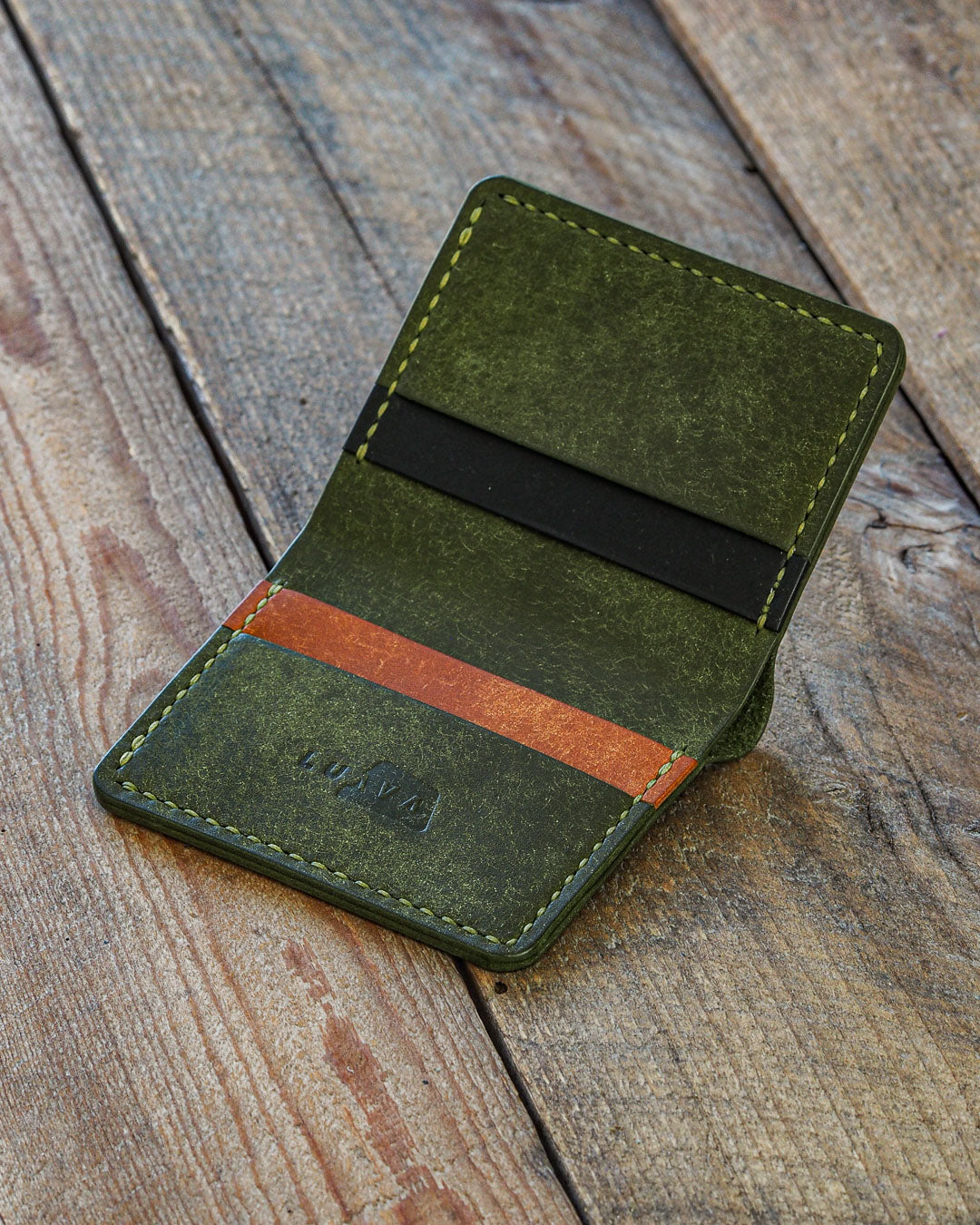 Luava handmade leather wallet NERO card holder cardholder handcrafted pueblo olive black cognac front open angle
