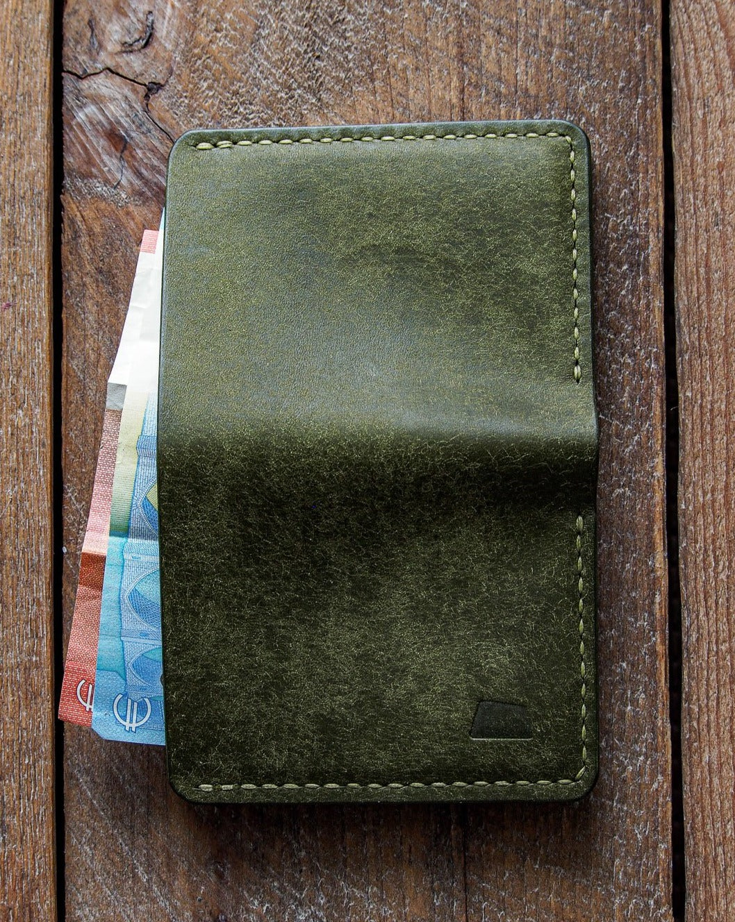Luava handmade leather wallet NERO pine card holder cardholder handcrafted pueblo olive back in use