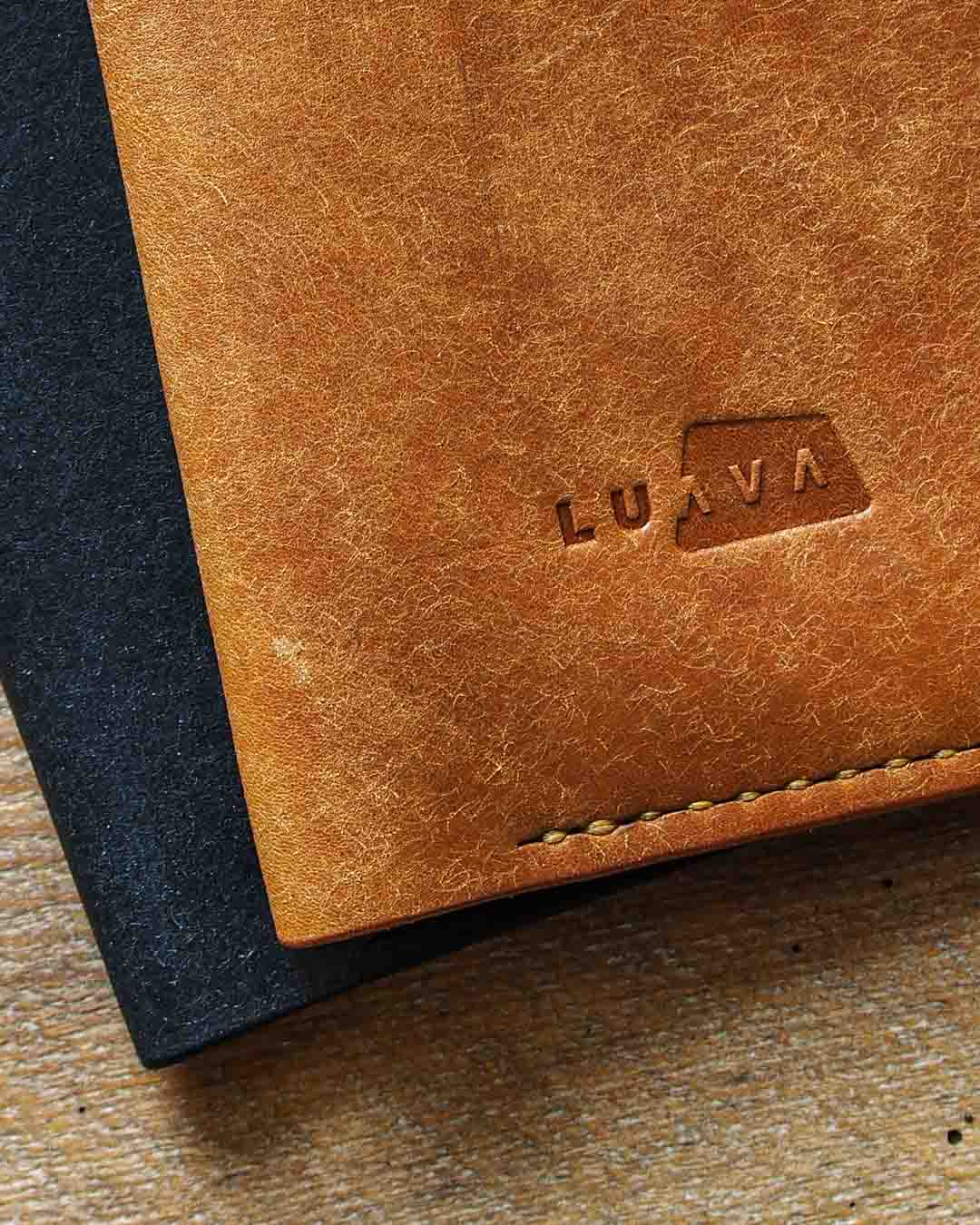 Luava leather passport cover pueblo black cognac detail