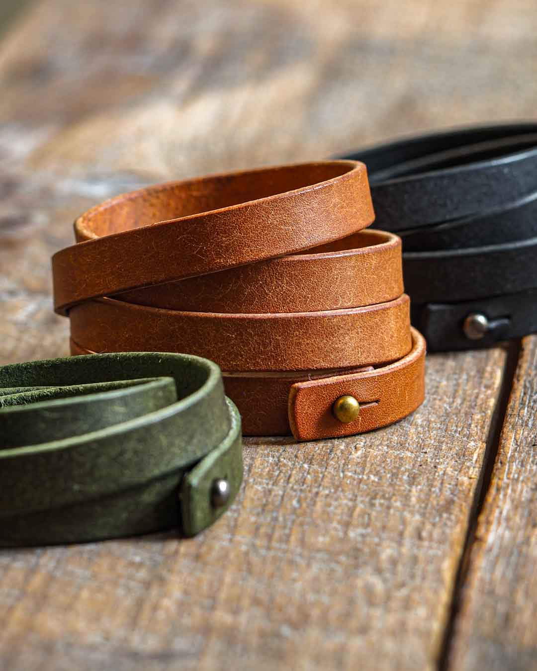 Luava leather quadruple wrist band pueblo cognac black olive
