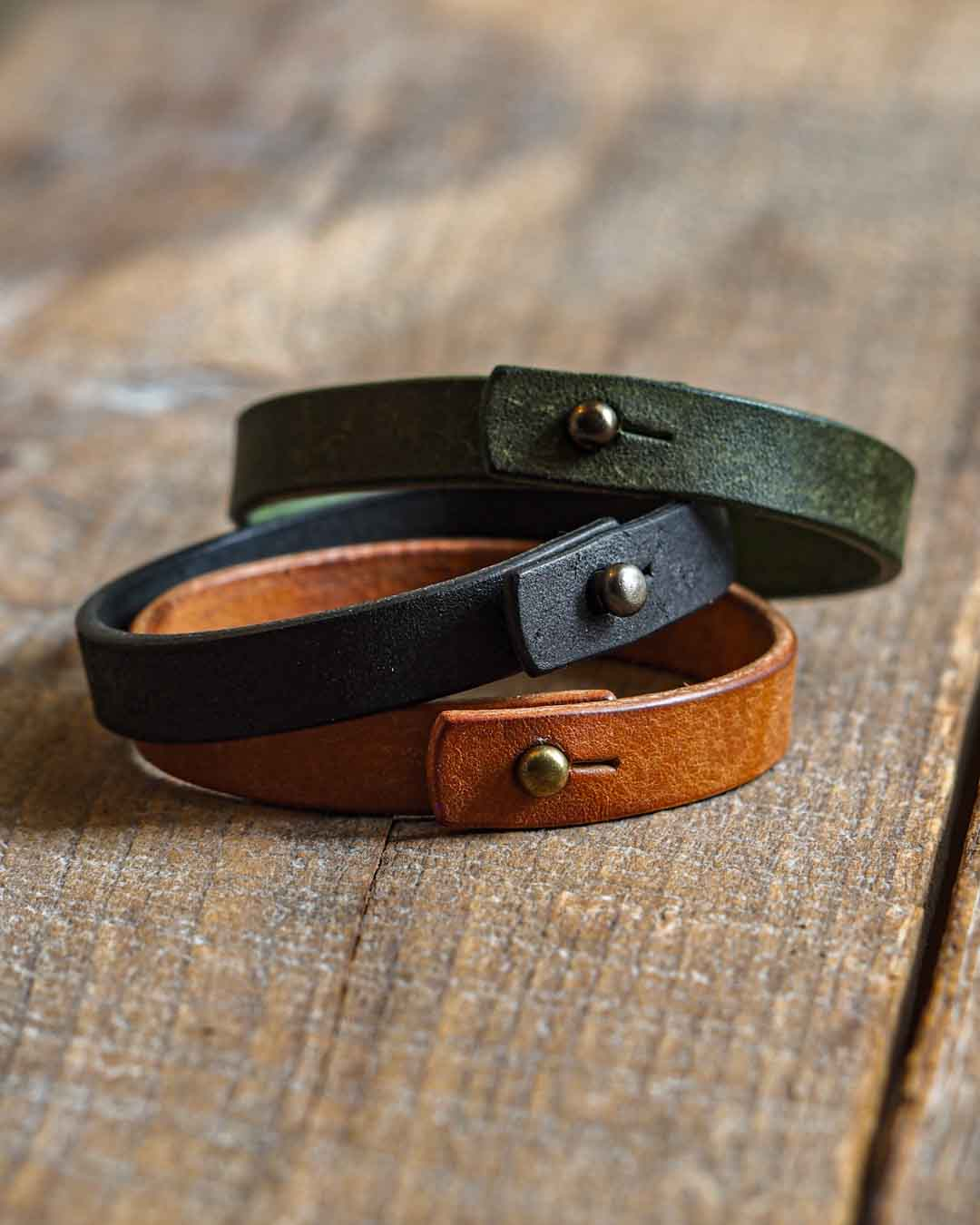 Luava handcrafted leather wrist band veg tan badalassi carlo pueblo cognac olive black single