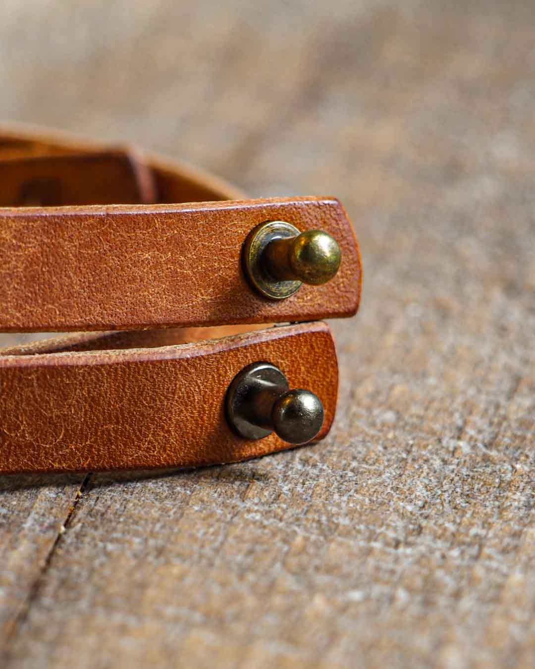 Luava handcrafted leather wrist band veg tan badalassi carlo pueblo cognac single stud option