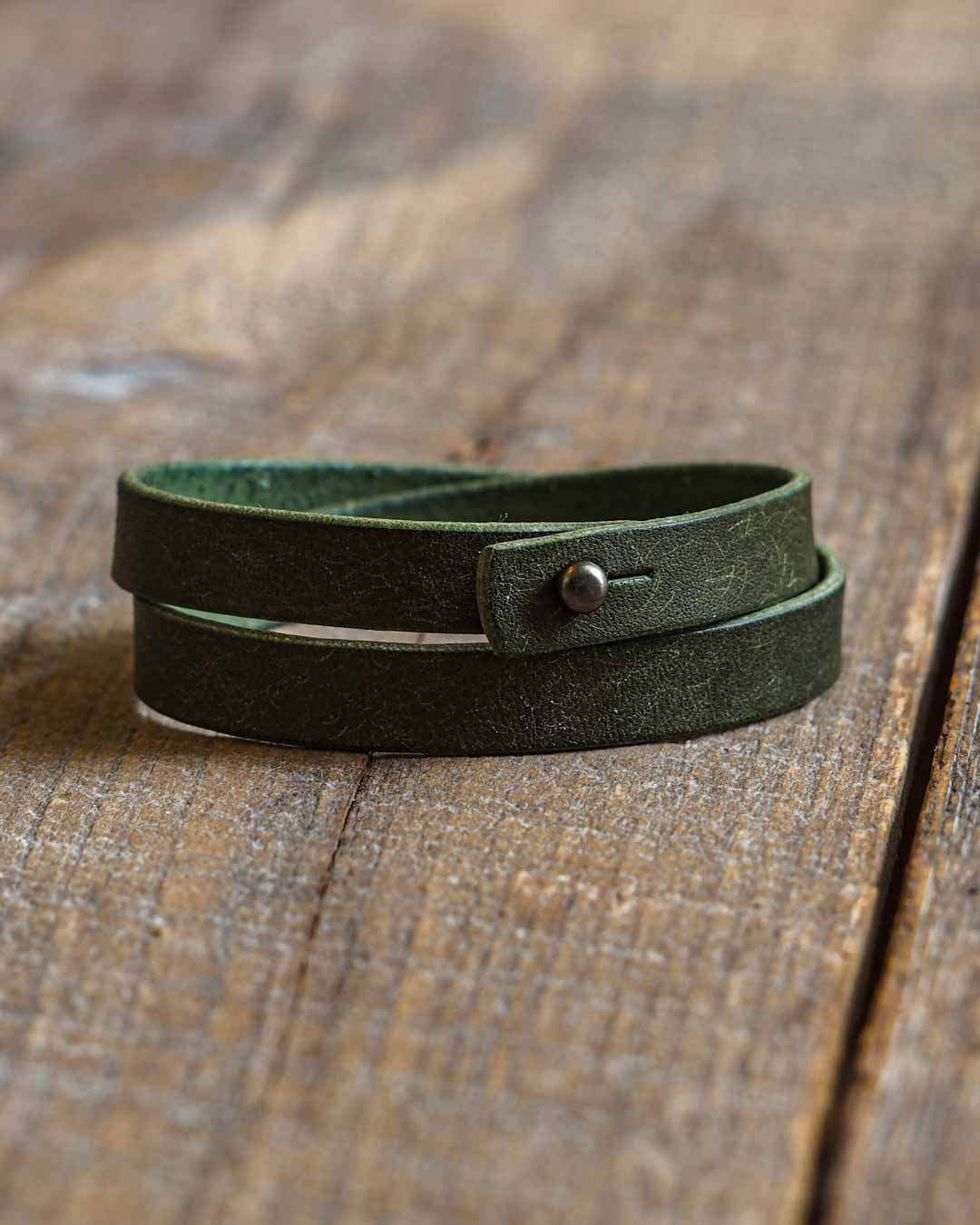 Luava leather double wrist band badalassi carlo pueblo olive
