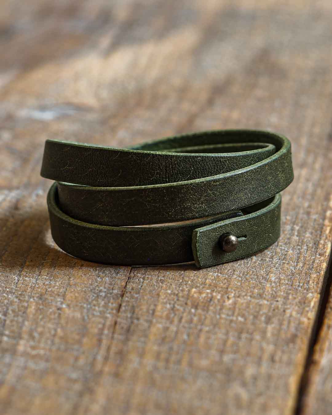 Luava leather triple wrist band badalassi carlo pueblo olive