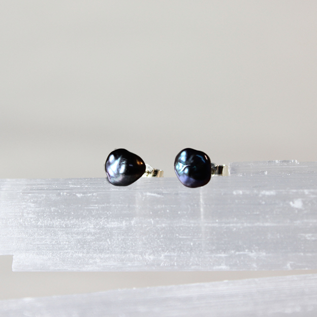 Pninat Layla (Night Pearl) Keshi pearls on sterling silver stud earrings