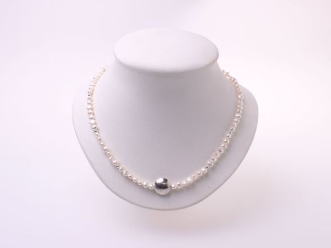 Silver bead and pearl necklace