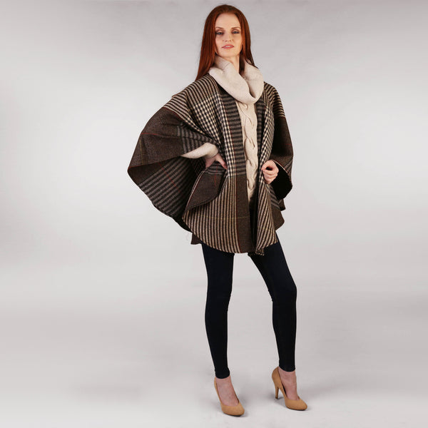 Throw Cape Shawl Brown Check Frontg