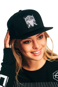 Wolf snapback cap hexagon