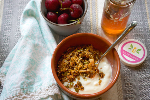 Seed Granola with Wildlfower Honey
