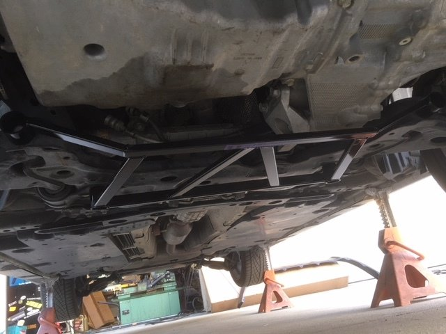 TB Performance Torque Gusset Traction Bar™