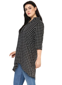 Qurvii Plaid Crepe Hi Lo Shirt For Women