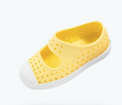 Natives Juniper Child in Gone Bananas Yellow/ Shell White | Sweet Threads