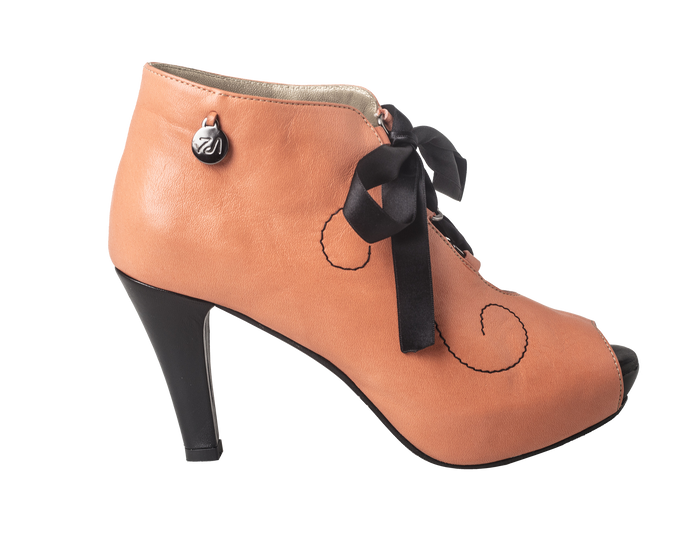 CC - Curly Fun Bootie Coral