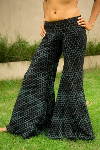 Flow Pants V.2 with Honeycomb Print