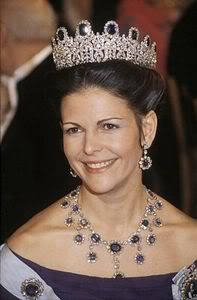 Sweden-queen-Silvia-amethyst-set