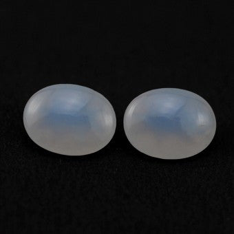 Chalcedony oval cut - 12 x 10 mm