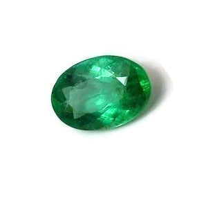 Emerald oval shape -  9 x 6 mm