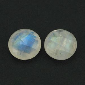 Moonstone round checkerboard cabochon (Raibow) - 10 mm