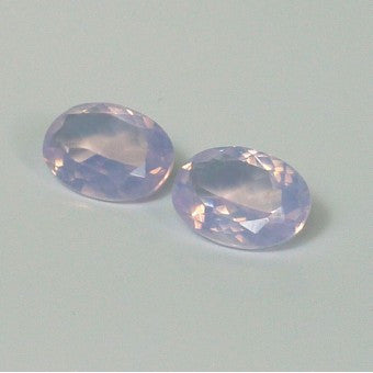 Bright lavender quartz oval shape - 14 x 10 mm