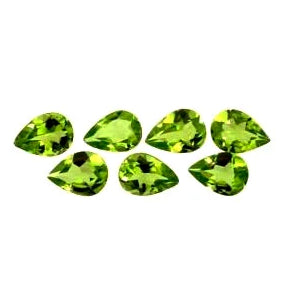 Out of stock - Peridot pear shape - 8.75 x 5.75 mm