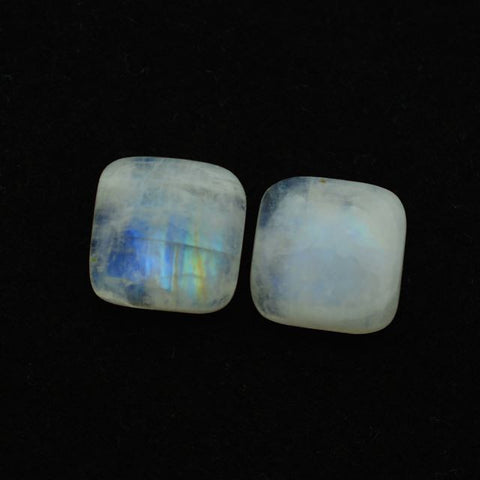 Moonstone cushion cabochon (rainbow) - 13 mm