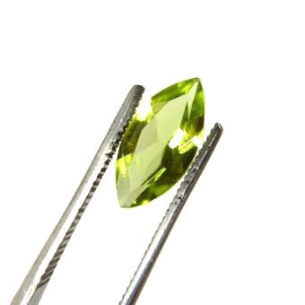 Pre-order - Peridot - marquise - 10 x 5 mm