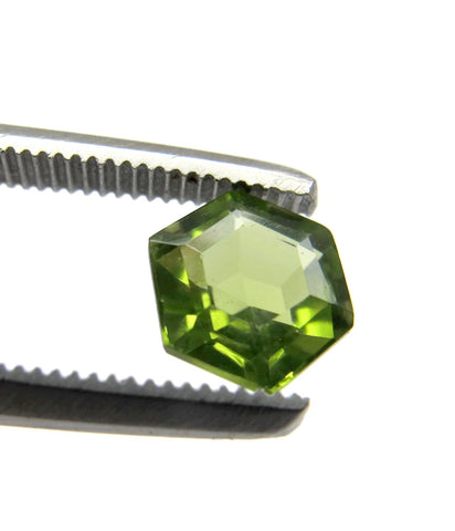 Peridot green hexagon step-cut 6mm natural gemstone