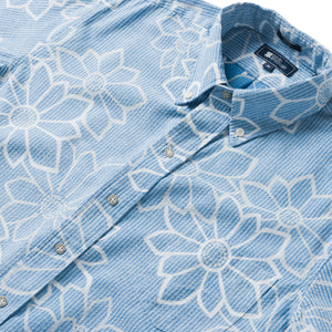 Reyn Spooner Kiku Blossoms Classic Fit Button Front Shirt in DAPHNE BLUE