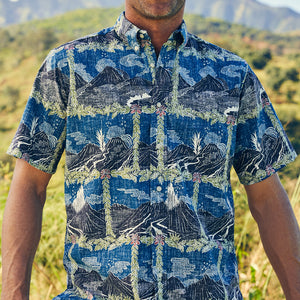 Reyn Spooner HAWAI'I VOLCANOES NATIONAL PARK BUTTON FRONT in ENSIGN BLUE