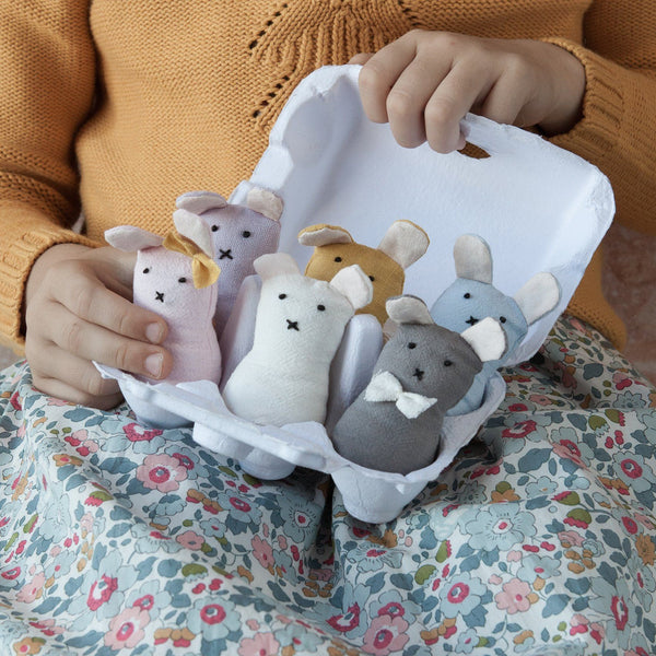 Wooden Toys - Down To The Woods - Bunny Finger Puppets