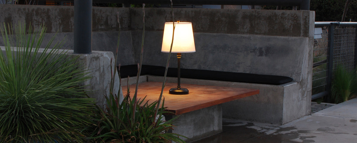 Outdoor Cordless Rechargeable Lamp
