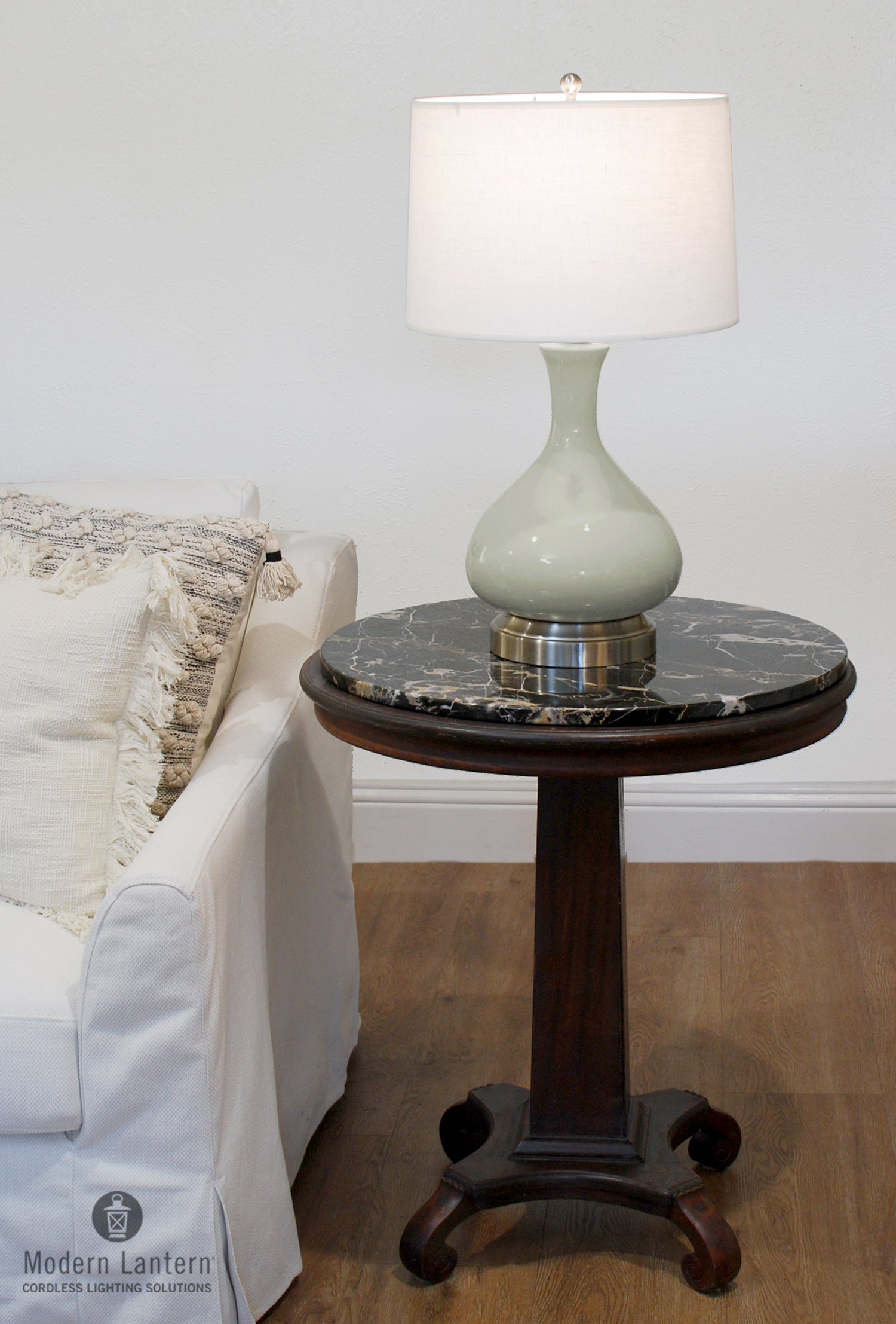 Picture of: Cordless Table Lamps Modern Lantern