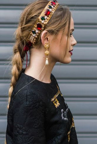 https://www.pinterest.com.au/search/pins/?q=jewelled%20headband&rs=typed&term_meta[]=jewelled%7Ctyped&term_meta[]=headband%7Ctyped