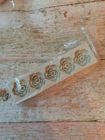 Rose Chain 1 Ready Silicone Mold $5
