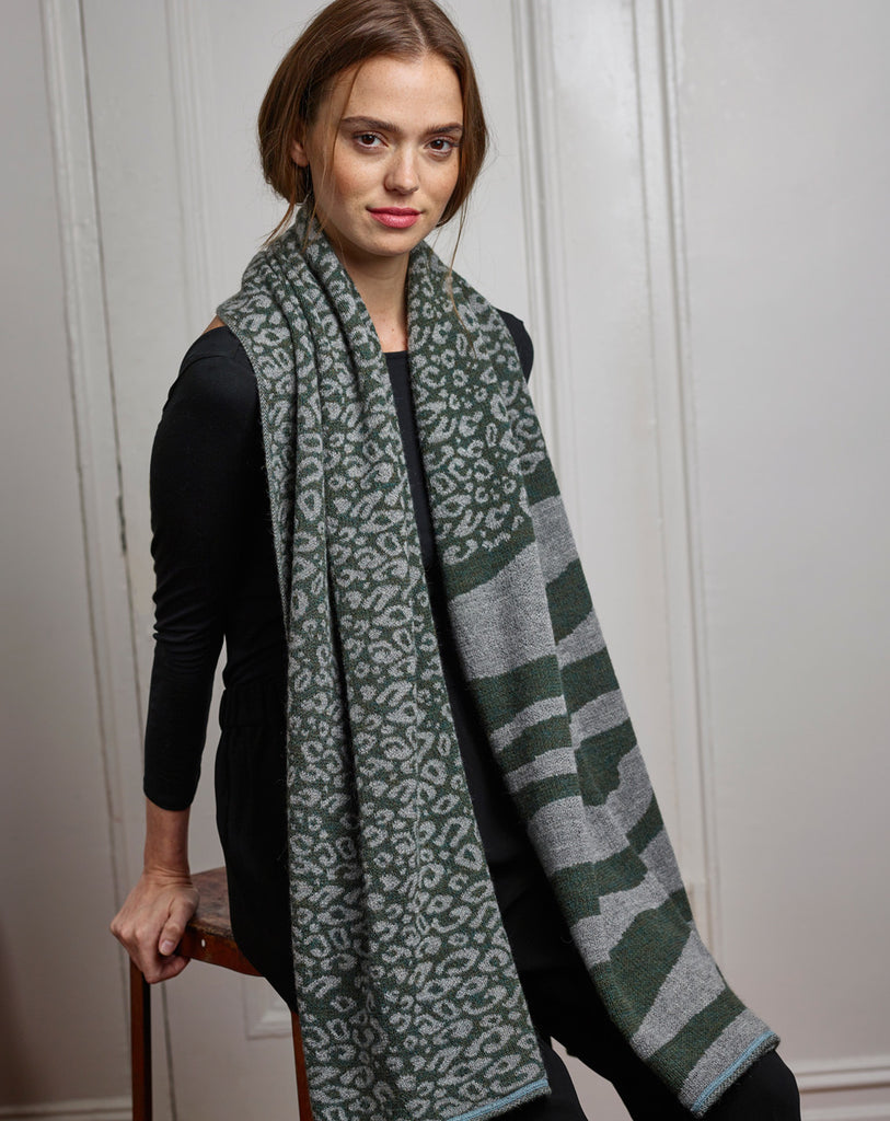 Sainte Anne Wrap in Gray/Melange Olive