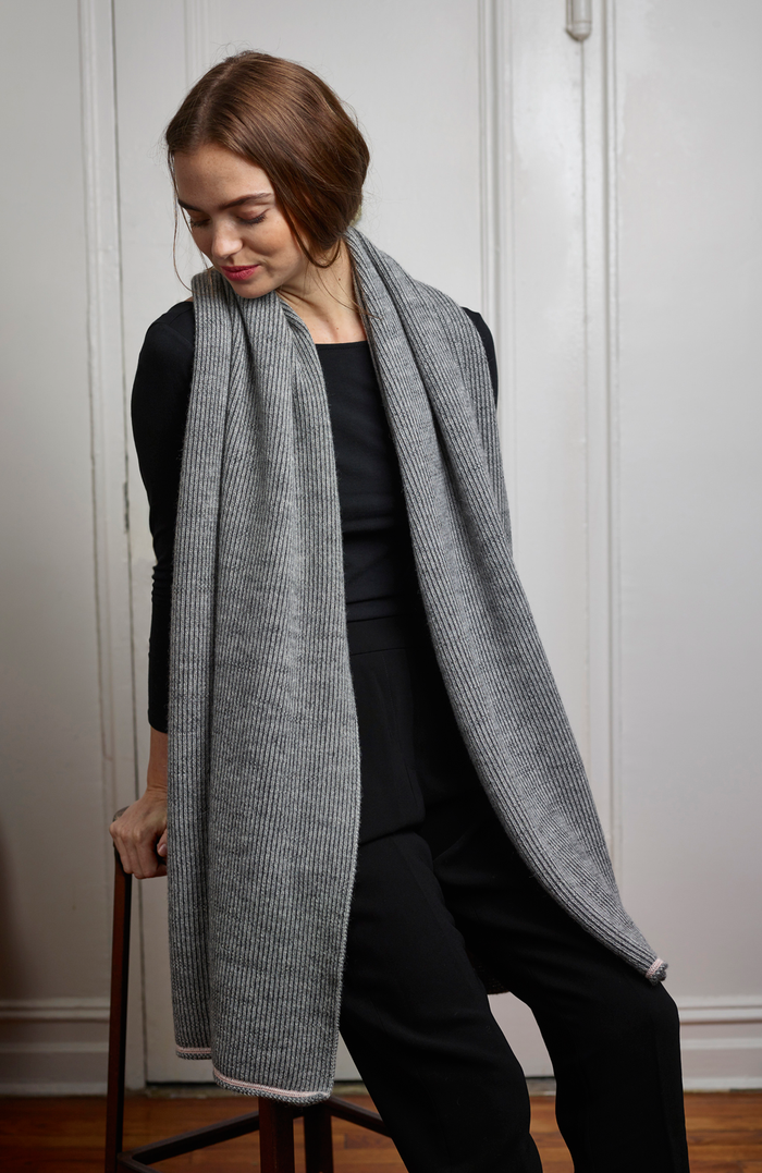 Ashby Wrap in Charcoal/Light Gray