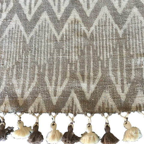 Dhurrie Frigg Taupe Tassel