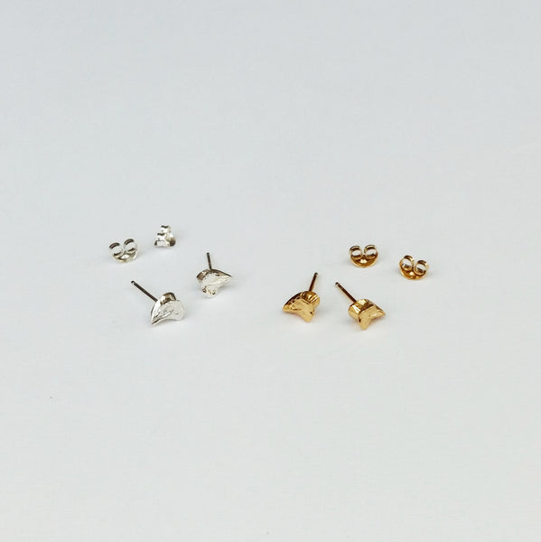Tiny bone earrings (gold plated)