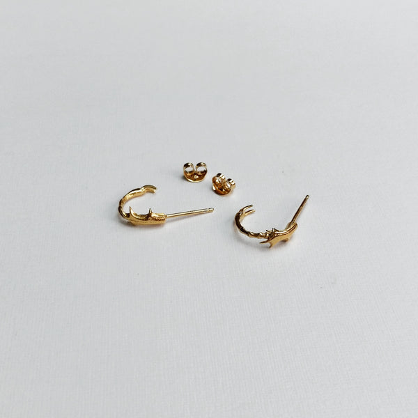Insect leg hoop earrings (gold plated)