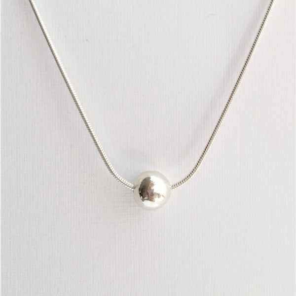 Orb necklace (Silver or Gold on silver)