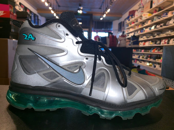 "Size 9 Air Max Griffey ""Fury Fuse"""
