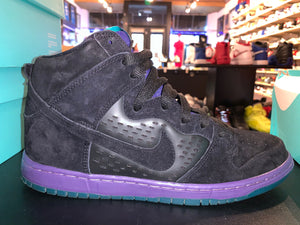 "Size 10 Dunk High SB ""Black Grape"""