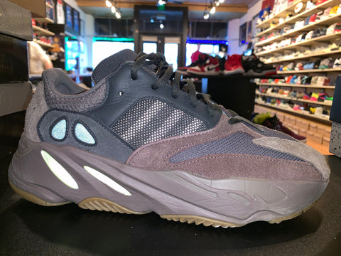 "Size 10 Adidas Yeezy Boost 700 ""Mauve"""