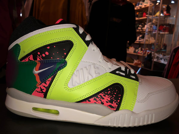 best sneakers 46b23 4ce45 Size 11 Air Tech Challenge Hybrid
