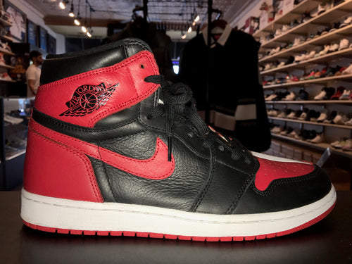 "Size 10.5 Air Jordan 1 ""Homage to Home"" (Non Numbered"" Pass as New"