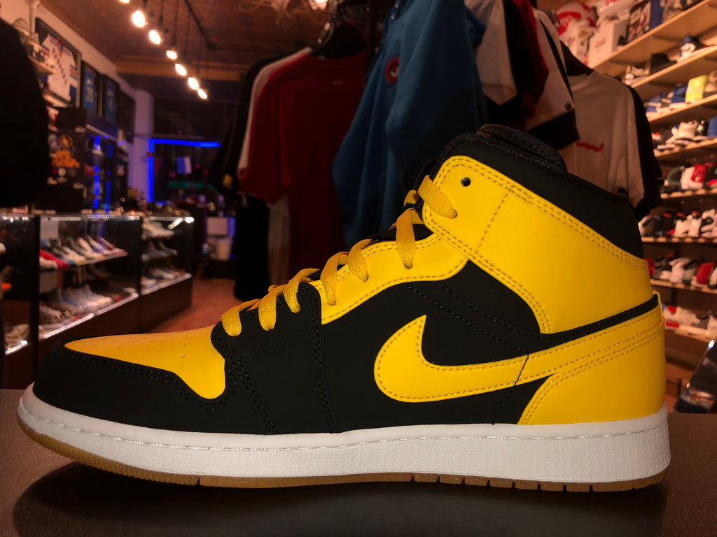 "Size 11 Air Jordan 1 ""New Love"" Brand New"