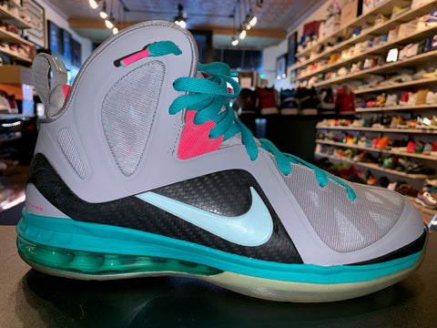 "Size 9.5 Lebron 9 P.S Elite ""South Beach"""