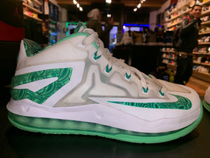 "Size 7.5 Air Max Lebron 11 Low ""Easter"""